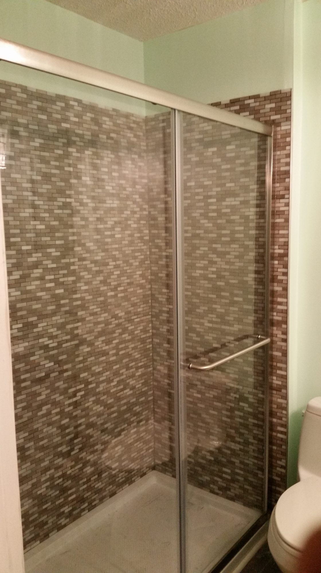 New Shower Tile and Door