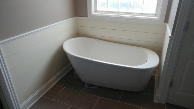 New Tub in Remodeled Enclosure 2