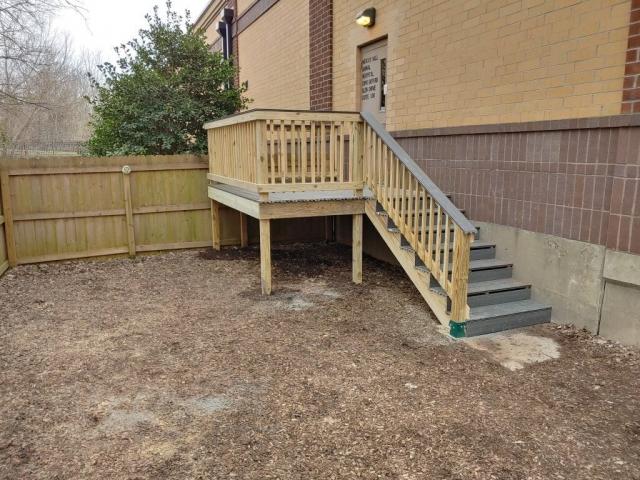 Deck stairs railing